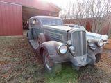 1935 Pierce Arrow 1245 Sedan