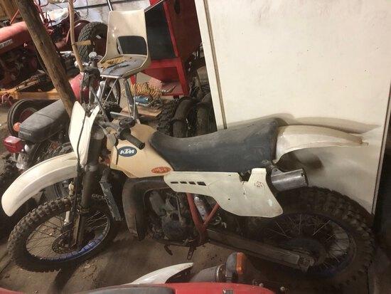 1986 KTM 250 MX bike