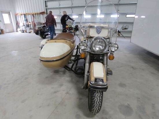 1979 Harley Davidson Classic Motorcycle with Side Car