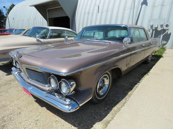 1962 Chrysler Imperial 4dr HT