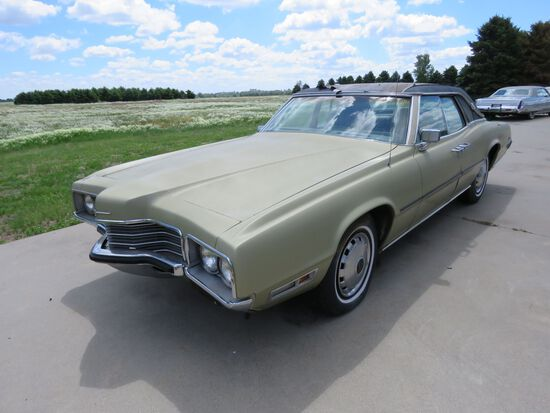 1971 Ford Thunderbird 4dr Sedan