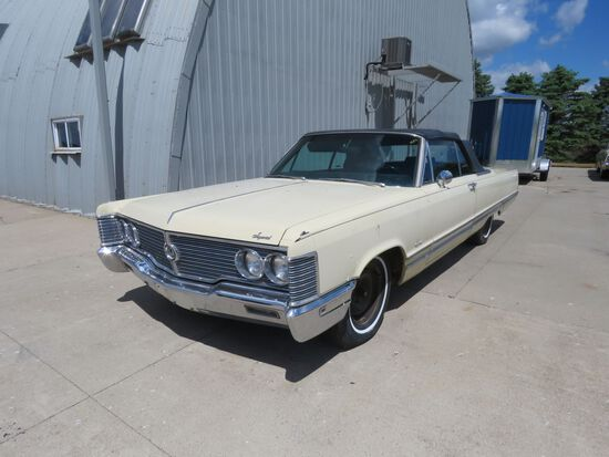 1968 Chrysler Imperial Convertible