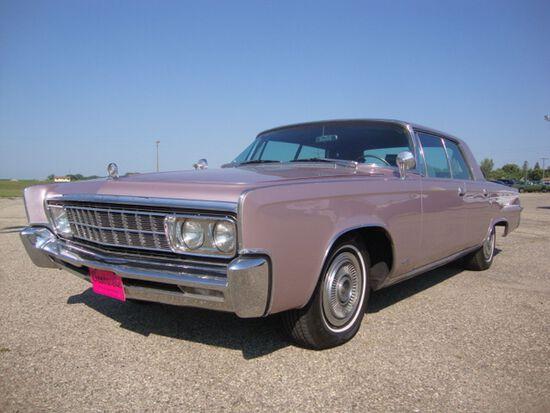 1966 Chrysler Imperial LeBaron 4dr HT