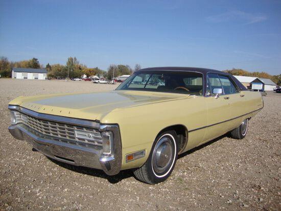 1971 Chrysler Imperial LeBAron 4dr HT