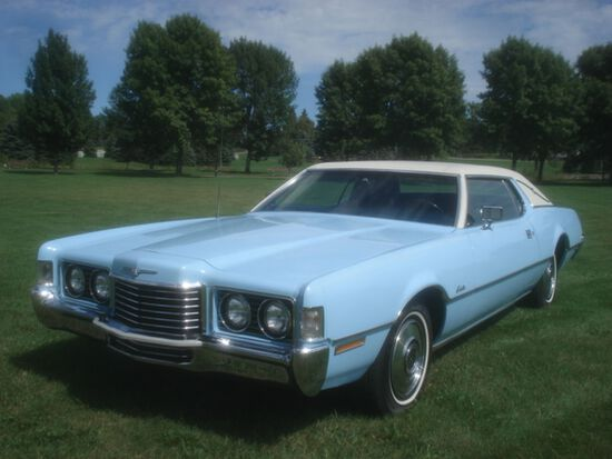 1972 Ford Thunderbird Landau Coupe