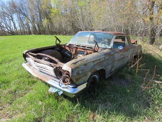 1962 Chevrolet 2dr HT rough Shell only