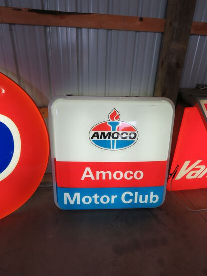 AMAOCO MOTOR CLUB PLASTIC LIGHTED SIGN
