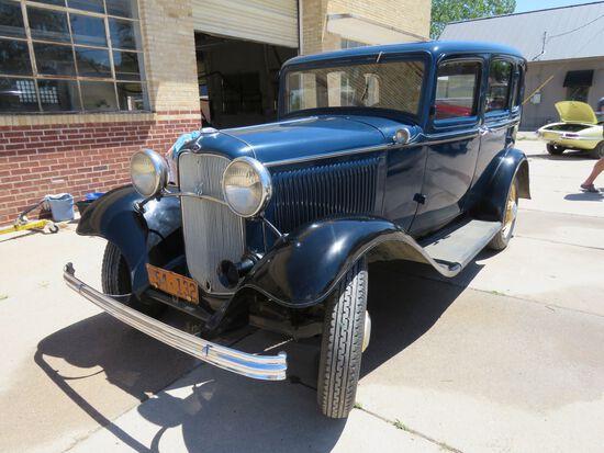 1932 FORD 4DR SEDAN