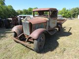 1934 FORD 1 TON TRUCK