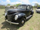1940 FORD DELUXE 4DR SUICIDE SEDAN