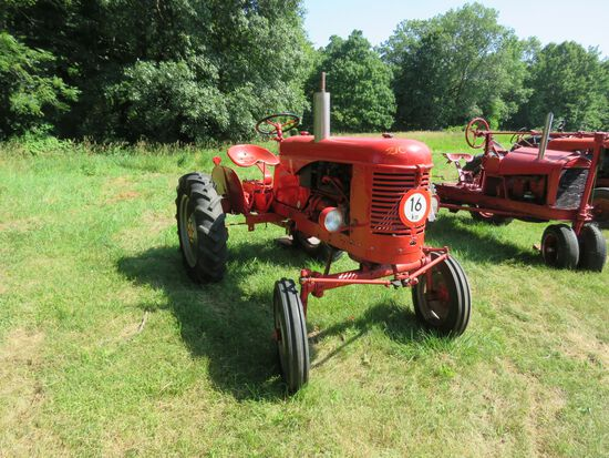 1950's French Massey Harris 820 Tractor