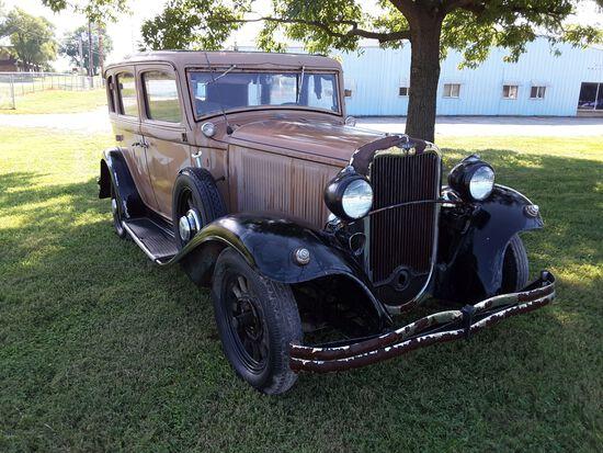 1932 Dodge 4dr Sedan