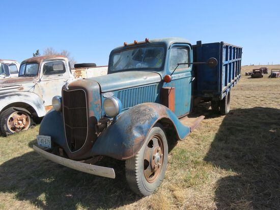 1936 Ford 1 1/2 ton truck