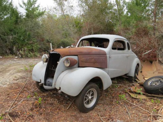 1937 Chevrolet Coupe 441381