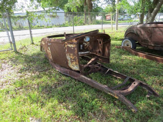 1932 Ford Roadster Body on Frame