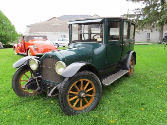 1918 Peerless 4dr Limosine