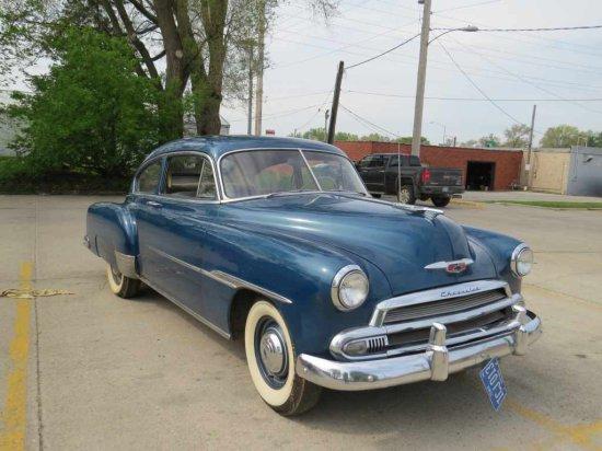 1951 Chevrolet Deluxe 2dr Sedan Slant Back