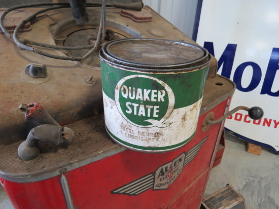 QUAKER STATE GREASE CAN