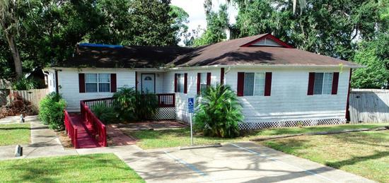 Property 2: 105 S Anderson St, Bunnell, FL 32110 1800 sq ft Professional/Office Building