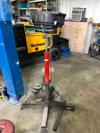 Red Hydraulic Lift Stand