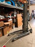 Genie Super-lift Contractor Lift
