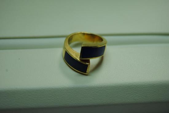Lapis fashion ring.