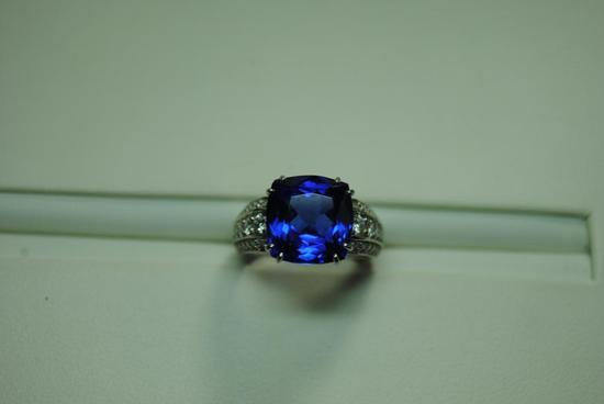 Platinum Tanzanite fashion ring.