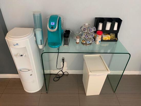 KEURIG COFFEE MAKER & Accessories