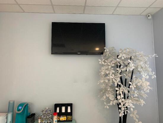 TV (POLAROID)
