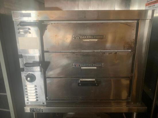 Baker's Pride counter top double deck pizza oven
