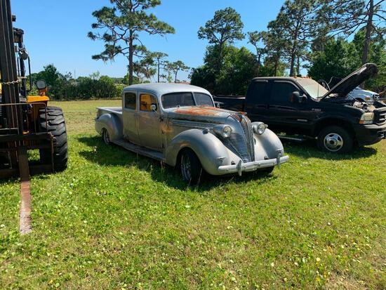 1937 Hudson 4 door pickup