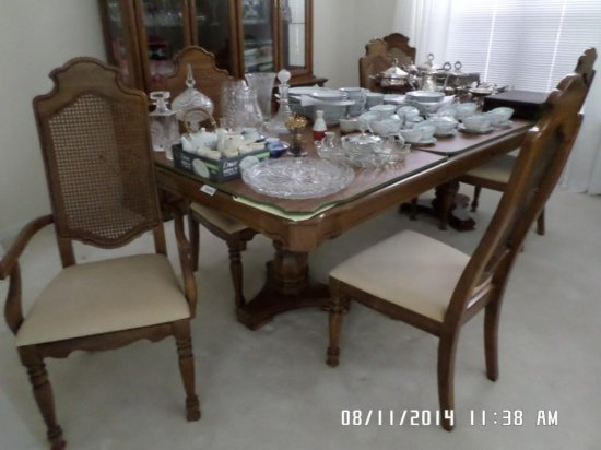 Prime Thomasville 03A Dining Room Table With 2 Armchairs 4 Side Download Free Architecture Designs Aeocymadebymaigaardcom