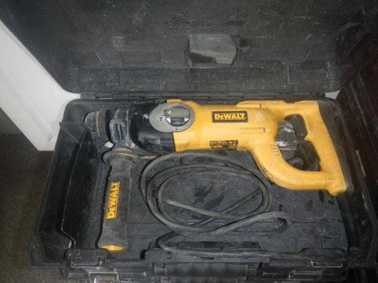 DeWalt D25213 Hammer Drill in Case