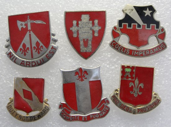 6 Artillery Clutch Back Military Crests