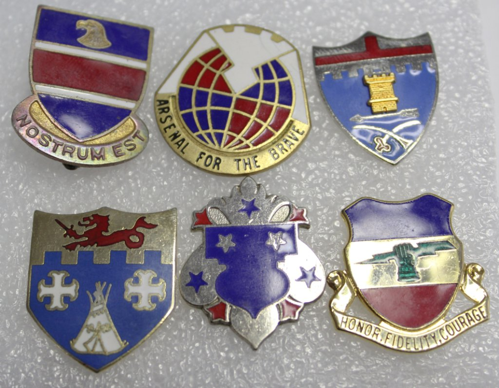 6 Infantry Clutch Back Military Crests