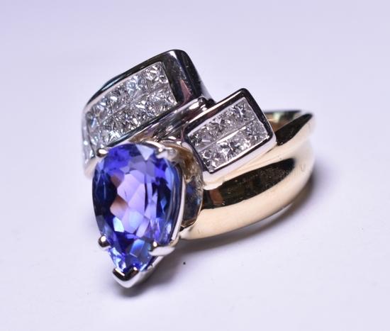 3.84 ct. Genuine Tanzanite & Diamond Estate Ring