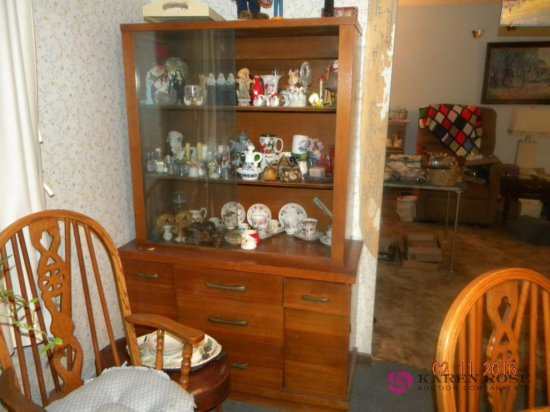 2 Piece China Cabinet 44Wx68Tall No Contents Included