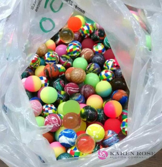 Large lot of rubber balls