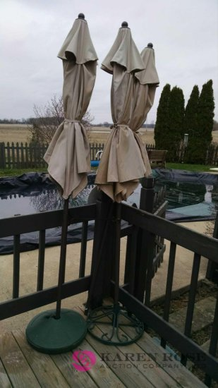 3 Patio Umbrellas With Two Bas Auctions Online Proxibid