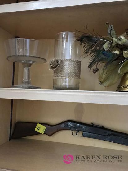 Glass vases/ decorative flower