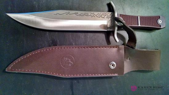 Timberwolf 13in knife with sheath