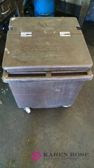 Cambro container