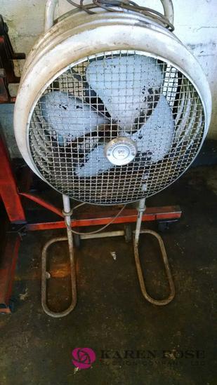 Westinghouse mobile fan