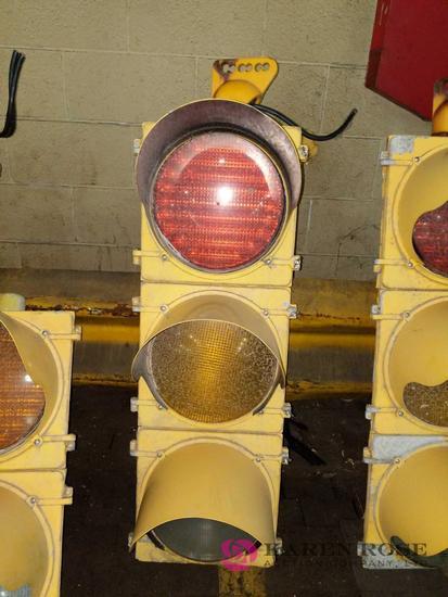 Oversized Traffic Light