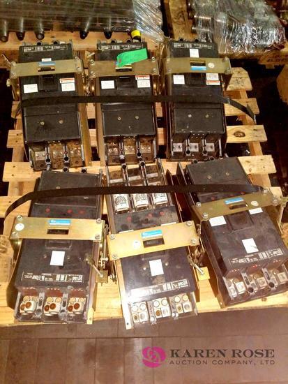 6 Tri-Pac De-Ion Circuit Breakers