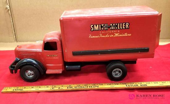 Smith-Miller Truck