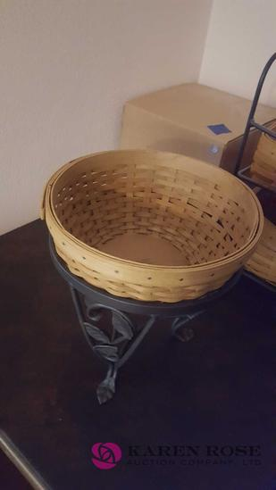 Longaberger round basket with base planter
