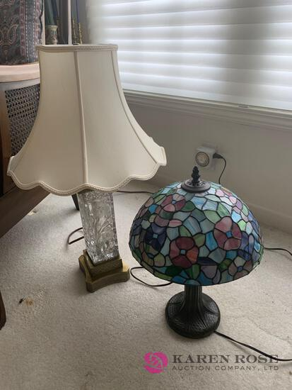 Small reproduction lead glass lamp
