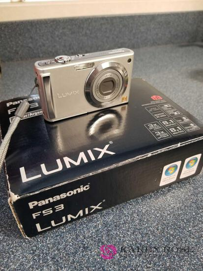 O1 - Panasonic Lumix Cameras all work with cases