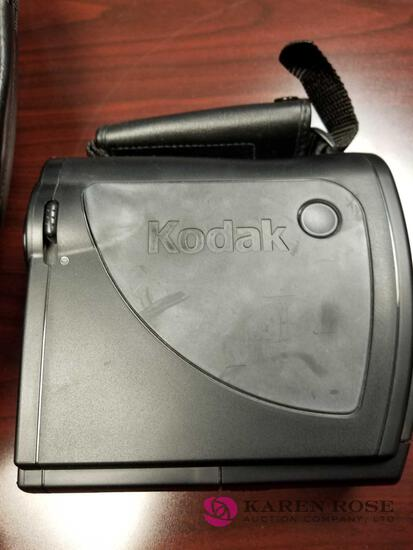O1 - Kodak Polaroid Camera